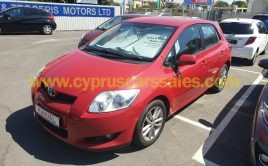 Toyota Auris 1.4L Red MANUAL DIESEL €7500 2009