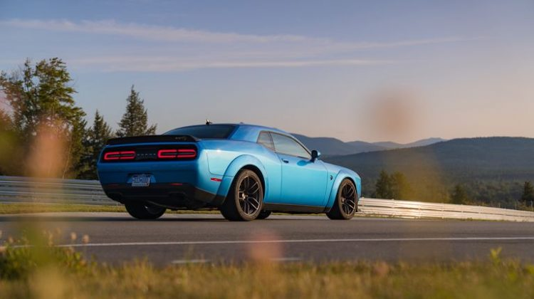2020 Dodge Challenger SRT Hellcat Review,Pricing and specs