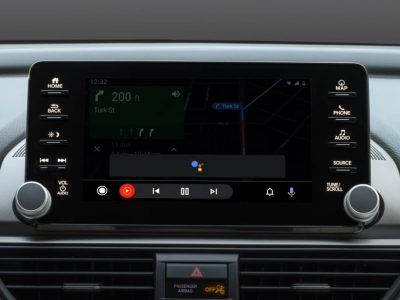 Google Starts Investigating Major Android Auto Bug, It's Not All Good News