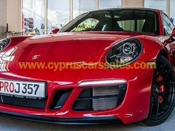 Porsche 911 GTS (current model)