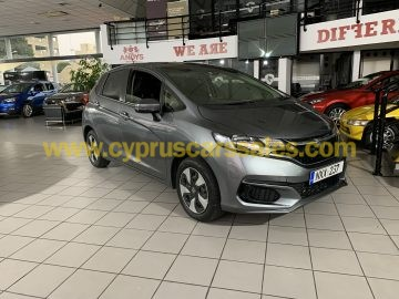 HONDA FIT HYBRID LUXURY PACKAGE